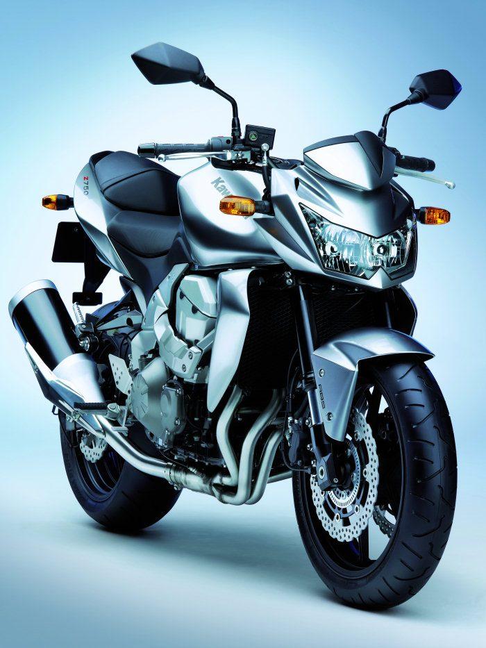 Kawasaki Z 750 2011 - 21
