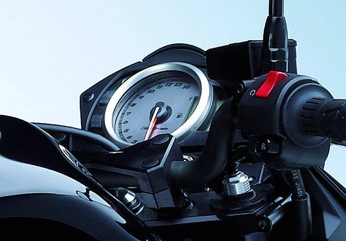Kawasaki Z 750 2011 - 3