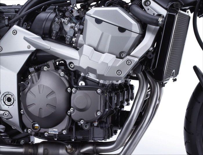 Kawasaki Z 750 2011 - 46
