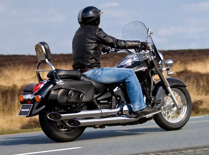kawasaki vn 900 light tourer 2013 fiche moto motoplanete. Black Bedroom Furniture Sets. Home Design Ideas