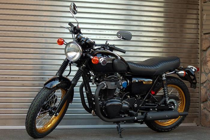 kawasaki w 800 edition speciale 2012 fiche moto motoplanete. Black Bedroom Furniture Sets. Home Design Ideas