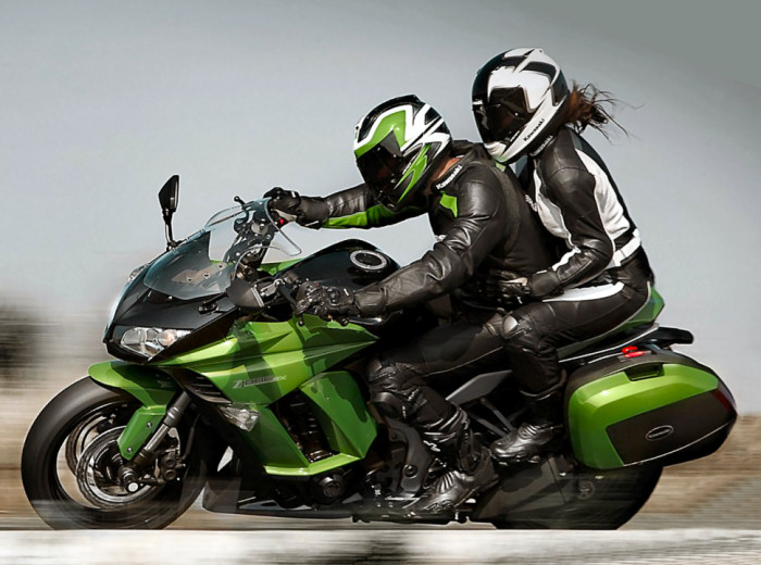 kawasaki z 1000 sx tourer 2013 fiche moto motoplanete. Black Bedroom Furniture Sets. Home Design Ideas