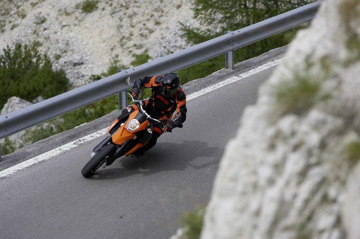 KTM 990 SM Supermoto 2008 - 13