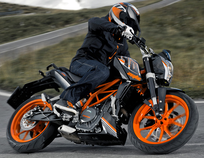 ktm 390 duke 2014 fiche moto motoplanete. Black Bedroom Furniture Sets. Home Design Ideas