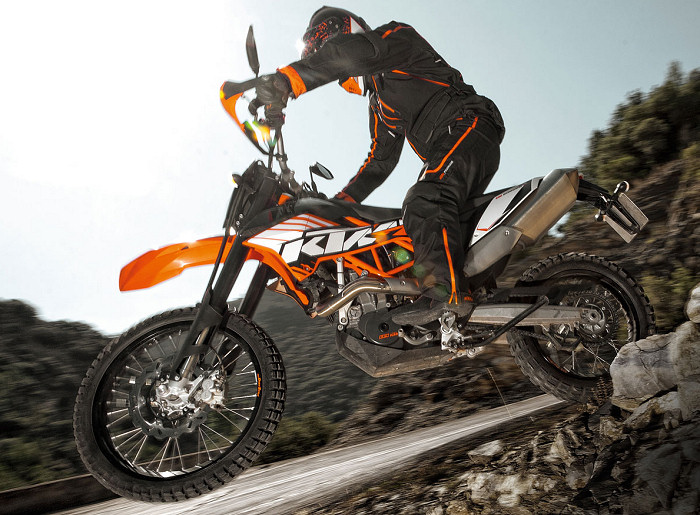 ktm 690 enduro r 2012 fiche moto motoplanete. Black Bedroom Furniture Sets. Home Design Ideas