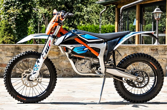 ktm freeride e xc 2018 fiche moto motoplanete. Black Bedroom Furniture Sets. Home Design Ideas