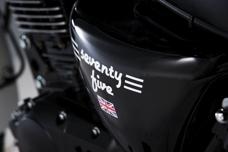 mash 125 seventy five 2017 galerie moto motoplanete. Black Bedroom Furniture Sets. Home Design Ideas