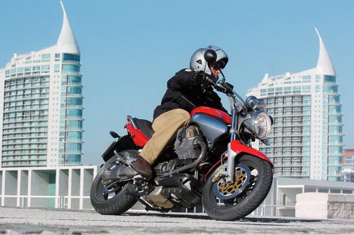Moto-Guzzi 1100 BREVA 2008 - 4