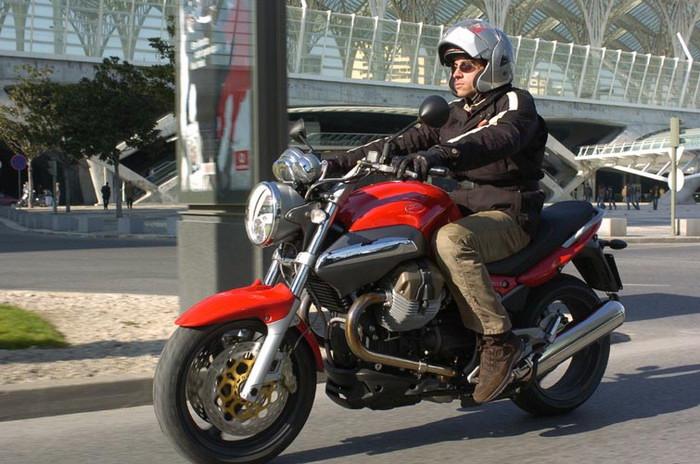 Moto-Guzzi 1100 BREVA 2008 - 5