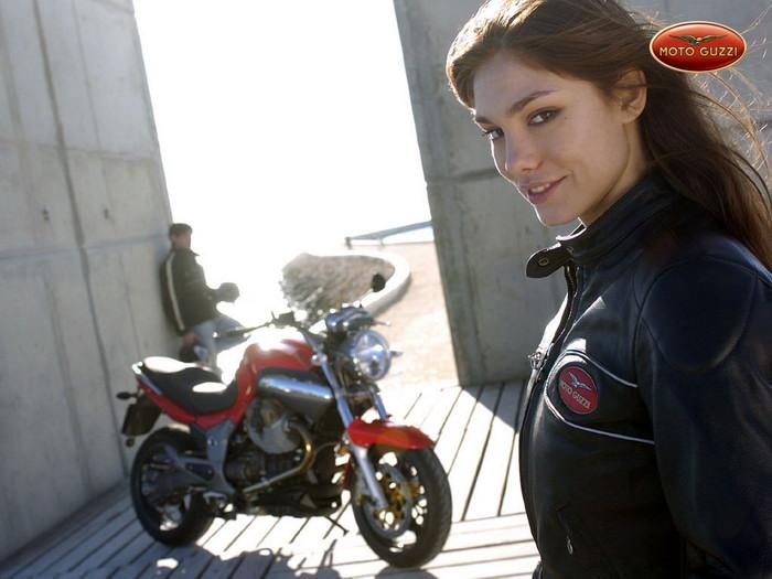 Moto-Guzzi 1100 BREVA 2008 - 9