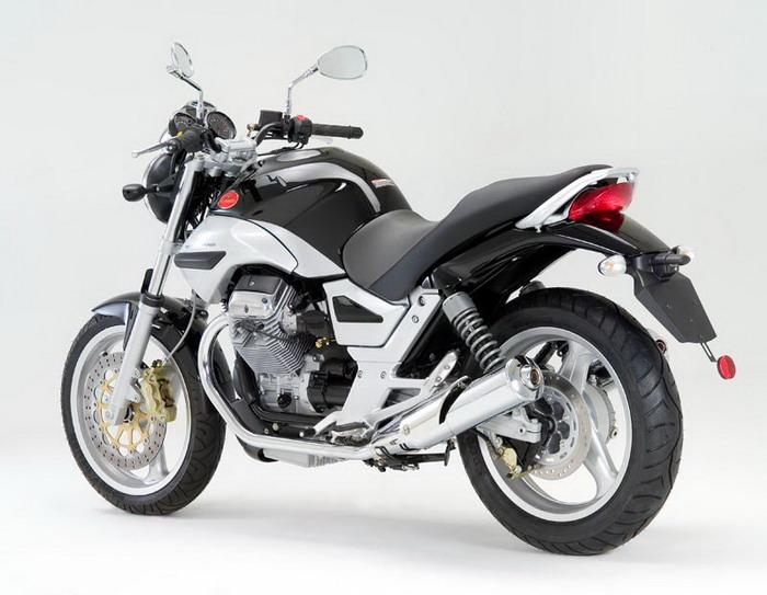 Moto-Guzzi 750 BREVA 2003 - 10
