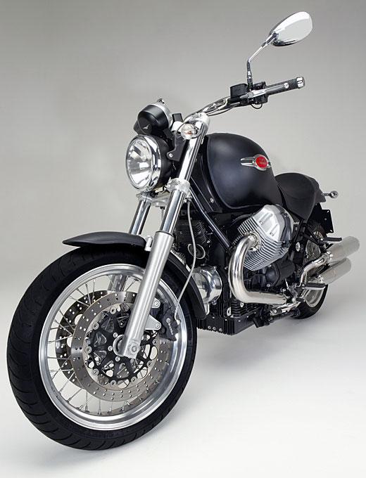 Moto-Guzzi 940 BELLAGIO 2011 - 13