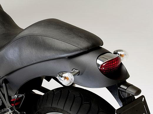 Moto-Guzzi 940 BELLAGIO 2011 - 15