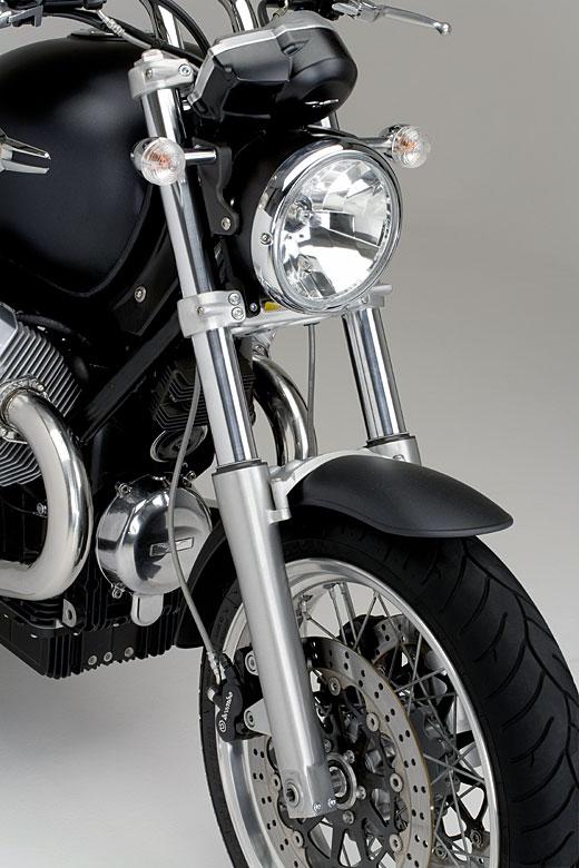 Moto-Guzzi 940 BELLAGIO 2011 - 27