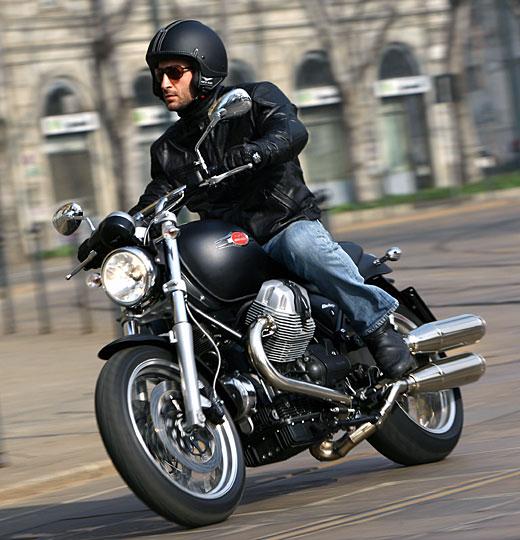 Moto-Guzzi 940 BELLAGIO 2011 - 28