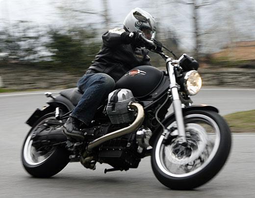 Moto-Guzzi 940 BELLAGIO 2011 - 32