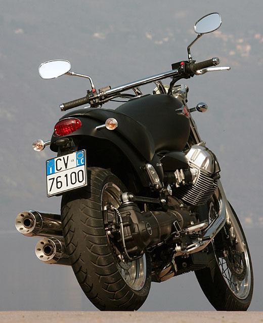 Moto-Guzzi 940 BELLAGIO 2011 - 37