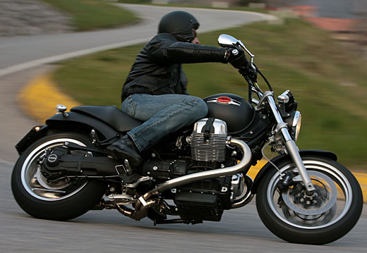Moto-Guzzi 940 BELLAGIO 2011 - 43