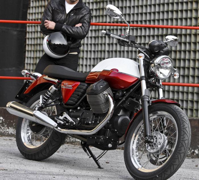 Moto-Guzzi V7 750 SPECIAL 2012 - 3