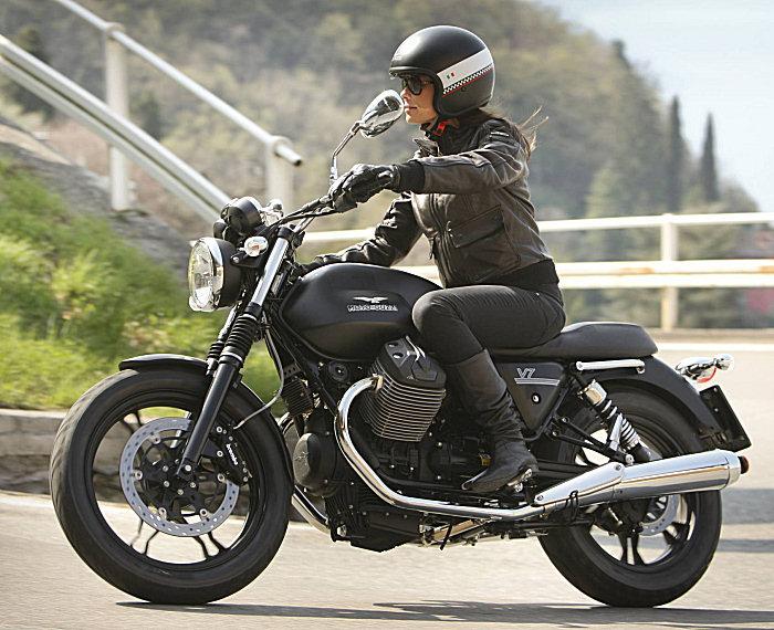 Moto-Guzzi V7 750 Stone 2012 - 3