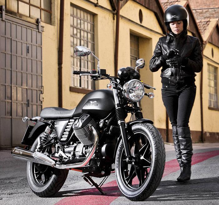 Moto-Guzzi V7 750 Stone 2014 - 16