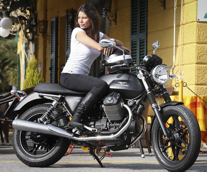 Moto-Guzzi V7 750 Stone 2014 - 15