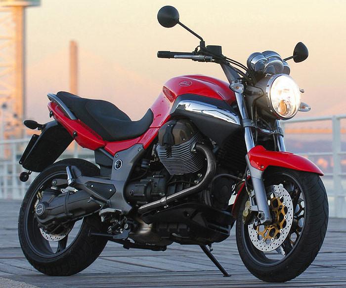 Moto-Guzzi 1100 BREVA
