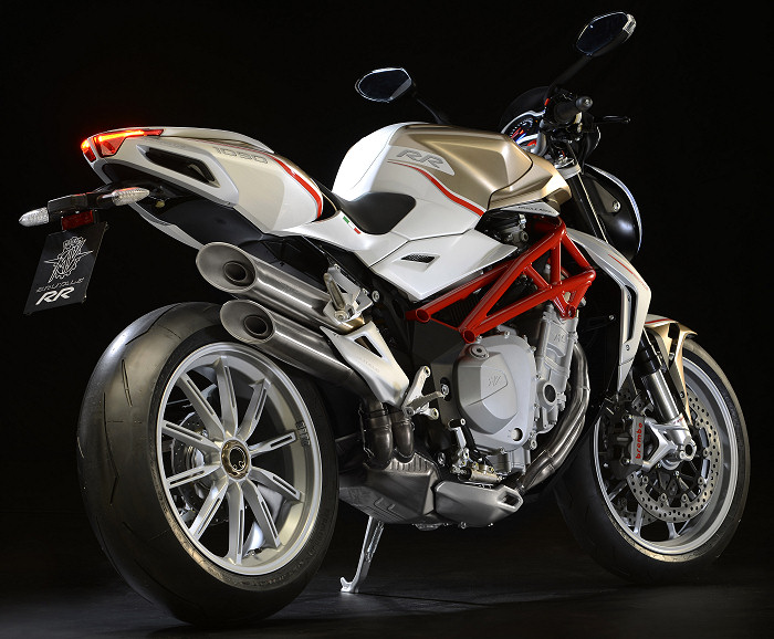 mv agusta brutale 1090 rr 2013 fiche moto motoplanete. Black Bedroom Furniture Sets. Home Design Ideas