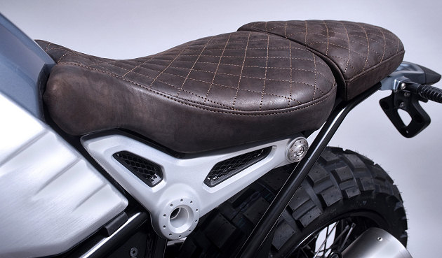bmw pr sente la r 1200 nine t brooklyn scrambler by gant rugger actualit moto. Black Bedroom Furniture Sets. Home Design Ideas