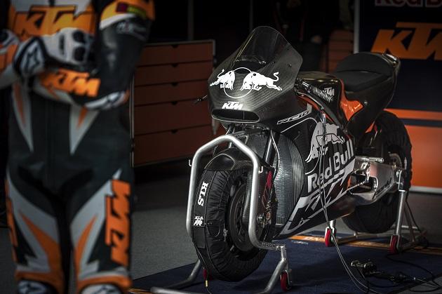 ktm trenne son prototype motogp en autriche actualit moto. Black Bedroom Furniture Sets. Home Design Ideas