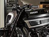 Fred Krugger réinterprère la Ducati XDiavel.