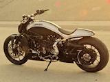 La Ducati XDiavel revue par Roland Sands Design.