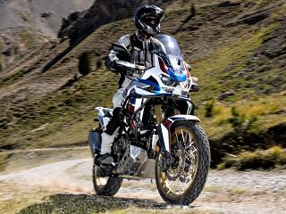 Road Trip en Africa Twin 1100 Adventure Sports - L'essai d'un bout du monde