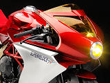 MV-Agusta prépare la Superveloce 800, une spendide néo-rétro.