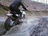 Yamaha Yard Built : le XSR 700 devient scrambler dans les mains de Bunker Custom Motorcycles.