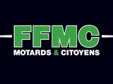 Voie réservée à gauche sur l'autoroute - La FFMC  contre.