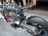 Moto électrique vs moto traditionnelle, qu'est-ce qui fait rouler le plus les amateurs de vitesse ?