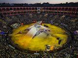 Tom Pagès au sommet de son art aux Red Bull X-Fighters de Madrid.
