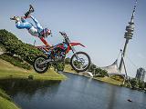 Le prochain défi des Red Bull X-Fighters sera sur un lac à Munich.