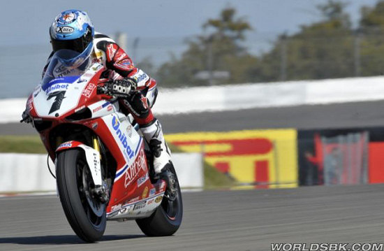 nurburgring-superpole-WSBK-2011-checa
