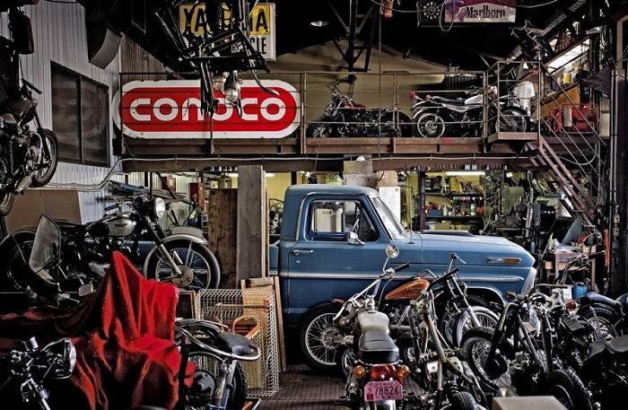 calendrier-metzeler-2013-face-garages