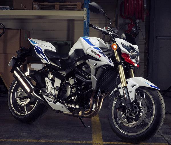 suzuki annonce une dizaine de motos en s rie sp ciales. Black Bedroom Furniture Sets. Home Design Ideas