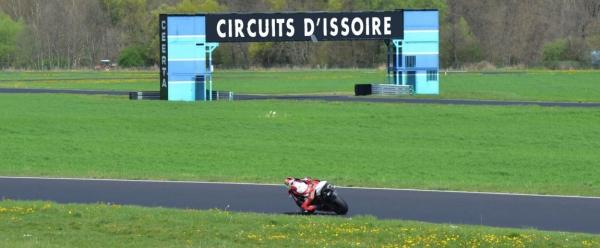 moto tour 2016 vitesse et endurance sur le circuit d. Black Bedroom Furniture Sets. Home Design Ideas