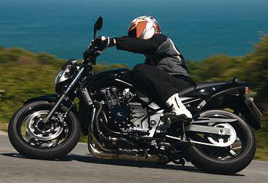 suzuki gsf 650 bandit n 2010 fiche moto motoplanete. Black Bedroom Furniture Sets. Home Design Ideas