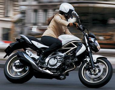 Suzuki SVF 650 GLADIUS 2009