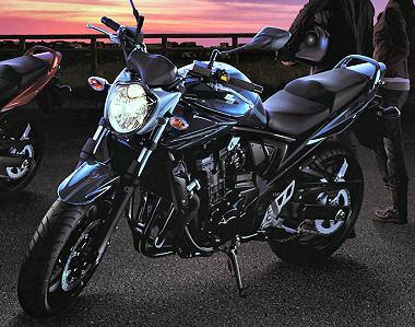 suzuki gsf 650 bandit n 2015 fiche moto motoplanete. Black Bedroom Furniture Sets. Home Design Ideas