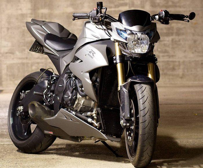 Suzuki 1000 VIRUS 2012 - 9