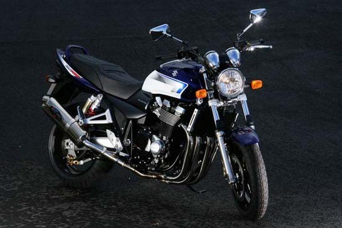 Suzuki GSX 1400 2003 - 20