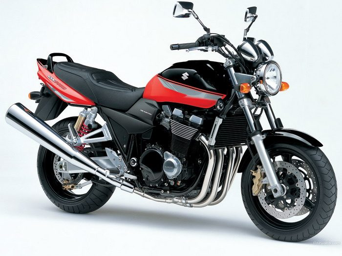 Suzuki GSX 1400 2003 - 22
