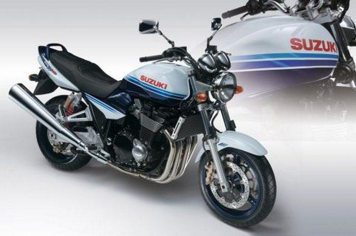 Suzuki GSX 1400 2003 - 5
